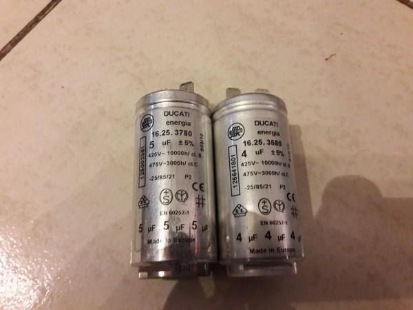 AEG T 55848 Kondensatoren 4 und 5uf, Anlaufkondensator, gebraucht, Spülmaschine, Ersatzteil, Geschirrspüler, Erkelenz,